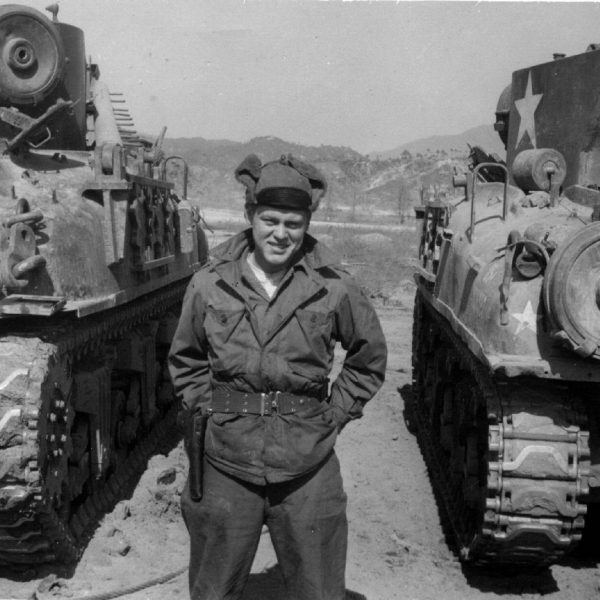 Wildwood Historical Society - Alvin Schulte - Alvin Schulte between two tanks in Korea