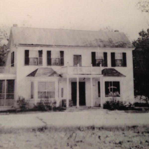 Wildwood Historical Society - The Hencken House - The Hencken House around 1900.